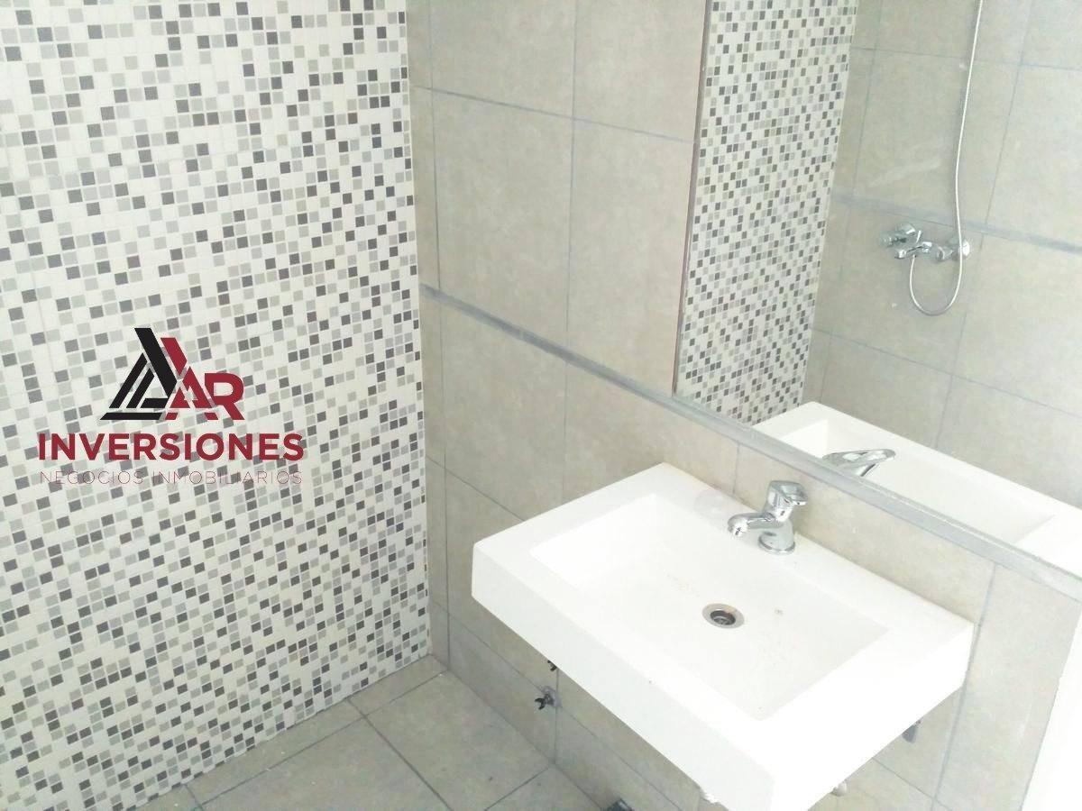 en venta monoambiente de 27 m2 - san lorenzo 3400