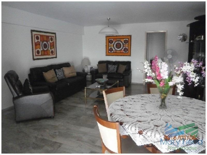 en venta.. península.. piso intermedio.. planta amplia con vista parcial al puerto.-ref:684