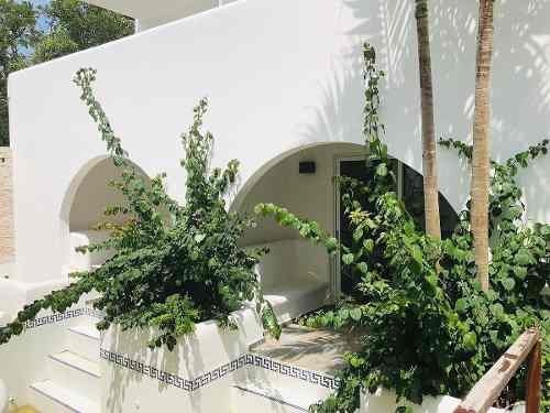 en venta precioso hotel estilo mediterráneo en tulum