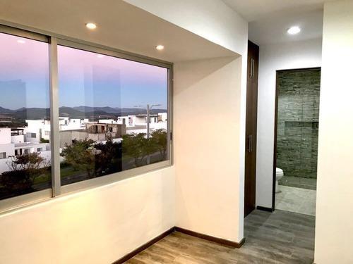 en venta residencia en zibatá, roof garden, 4 recámaras con baño propio, bar
