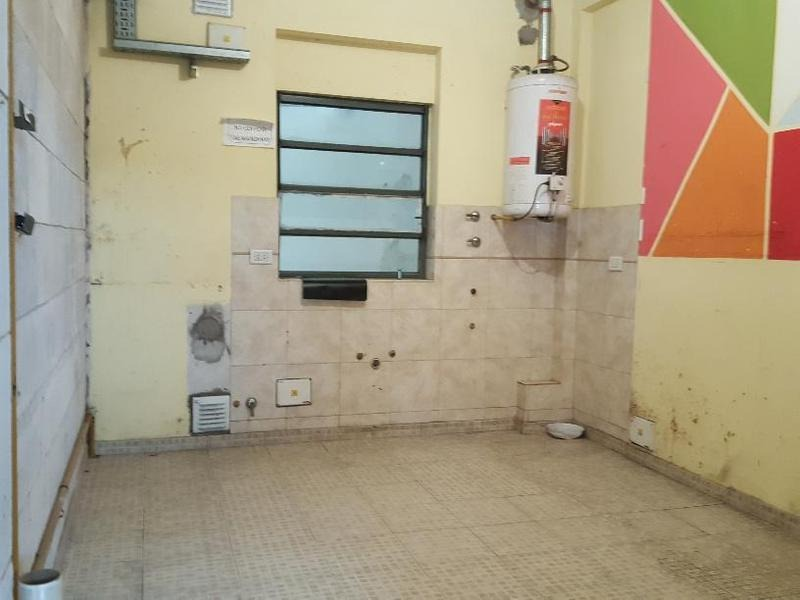 en venta - san telmo - local con vivienda y garage
