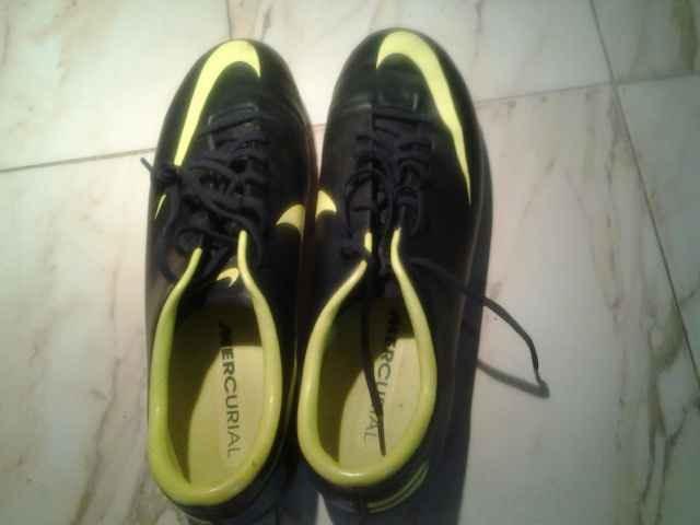 2219aabe9f97b En Venta Tacos Nike Mercurial Como Nuevos Una Postura - Bs. 50.000 ...