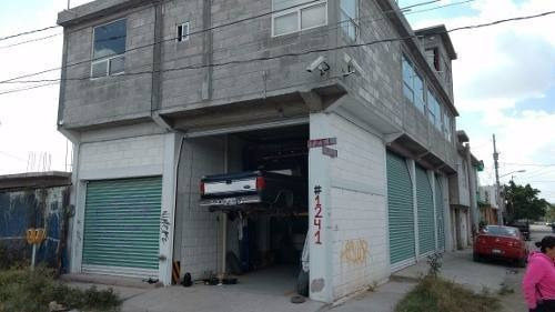 en venta taller mecánico de 3 niveles y en esquina, equipado