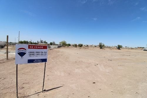 en venta terreno comercial a la entrada de residencial bonaterra