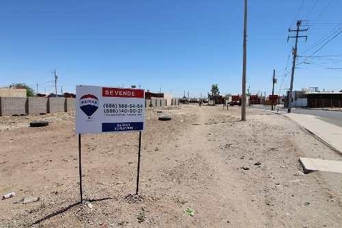en venta terreno comercial en rincones de puebla
