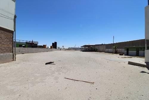en venta terreno comercial sobre calz. manuel gomez morin casi con carretera a san luis rio colorado