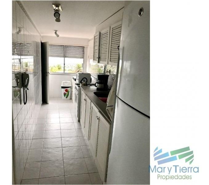 en venta y alquiler.. apartamento en península excelentes vistas al mar y puerto- punta del este -ref:1200