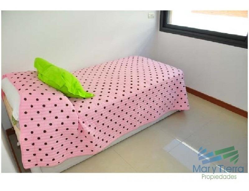 en venta y alquiler!!!  muy llindo apartamento en parada 6 de playa brava ..-ref:843