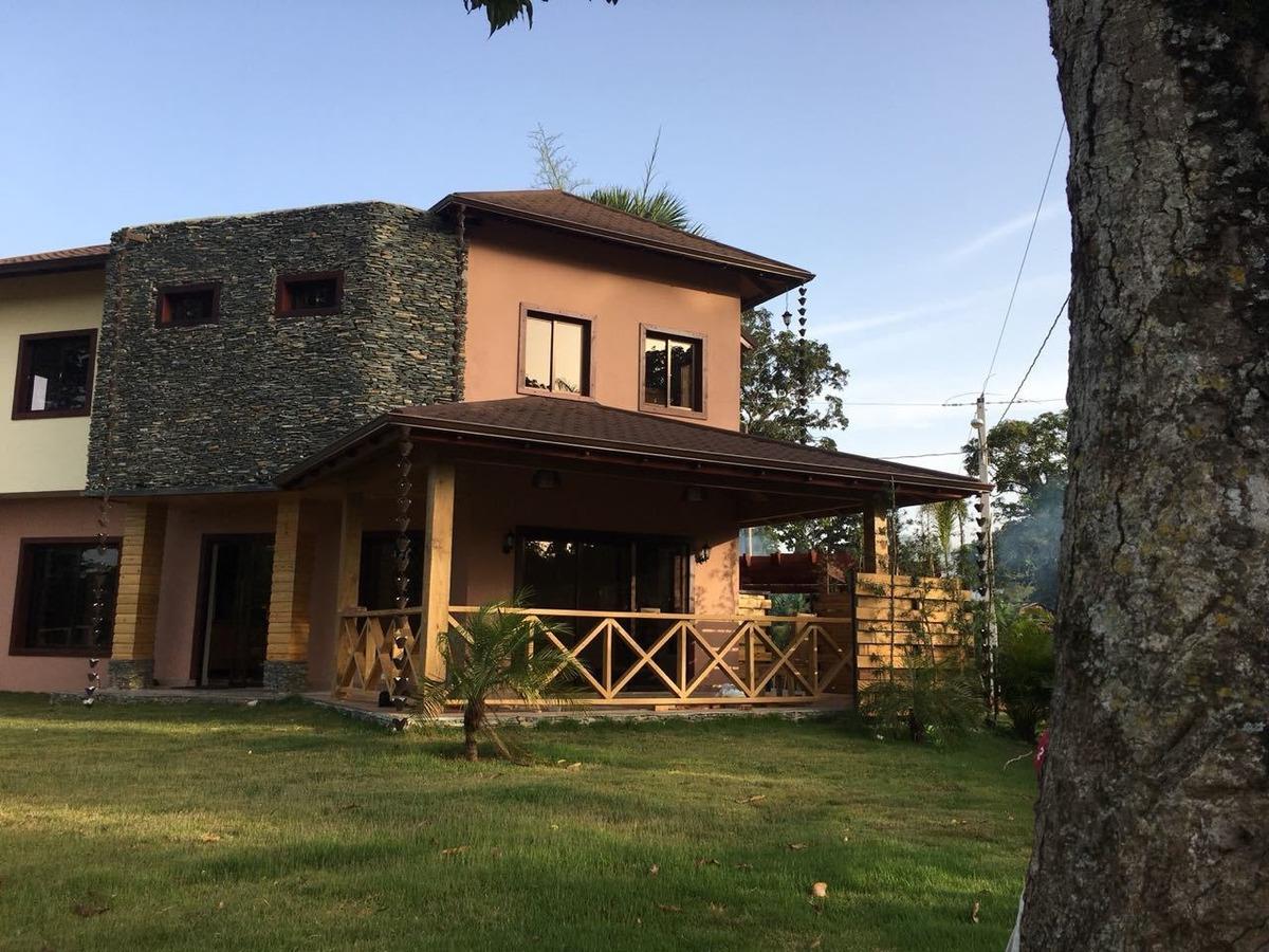 en vente esta hermosa villa en jarabacoa