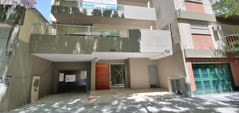 en zona residencial 3 ambientes con balcon