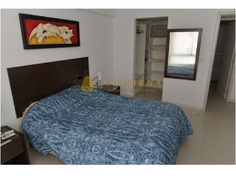 encantador departamento con amplio balcón a metros del mar-ref:1603