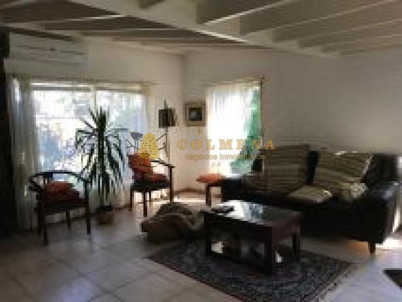 encantadora casa en zona ideal para vivir todo el año pocas cuadras del mar-ref:2257