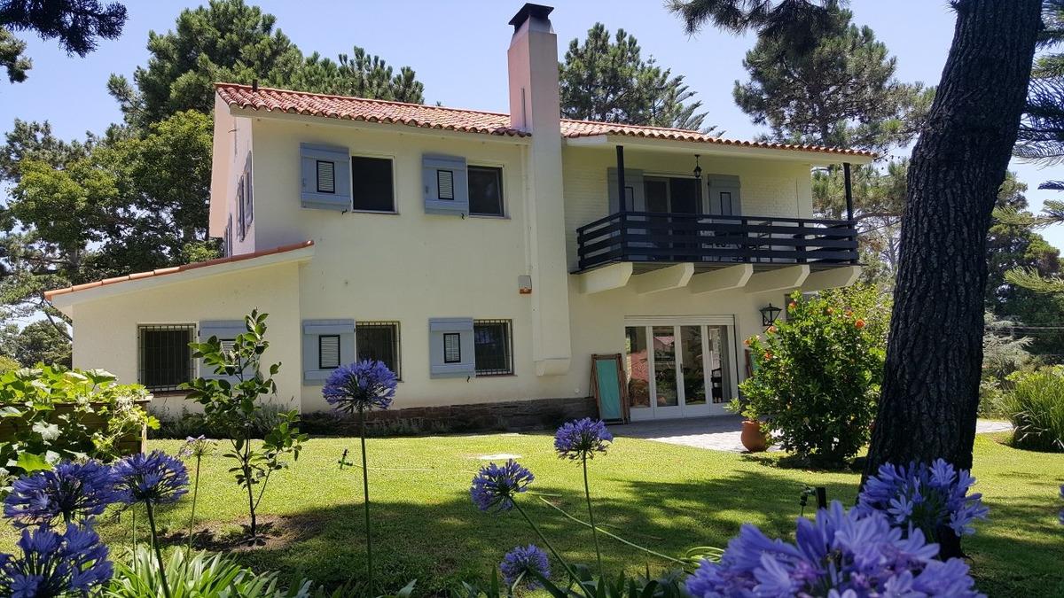 encantadora residencia para vivir todo el año!!