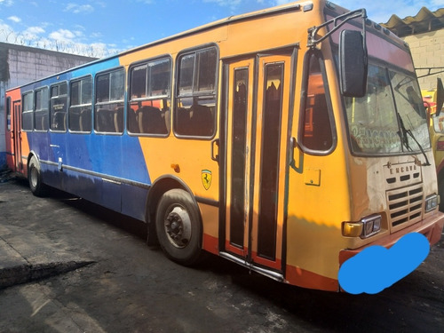encava autobús