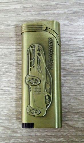 encendedor a gas de soplete con diseño en relieve