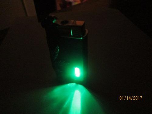 encendedor recargable modelo hoja de marihuana.