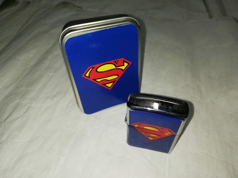 Encendedor Superman Con Caja Tipo Zippo Ideal Para Regalo S 30