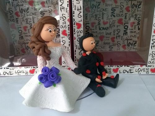 enfeite bolo topo biscuit casamento personalizado noivinhos