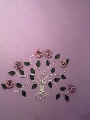 enfeite cabeceira flores em ferro