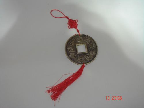 enfeite de pendurar chines simboliza sorte fortuna em metal