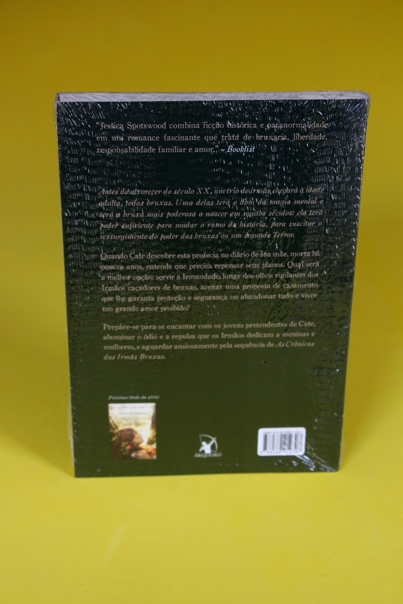 Enfeitiçadas - A Crônica Das Irmãs Bruxas I - R  29,90 em Mercado Livre cc579a3548