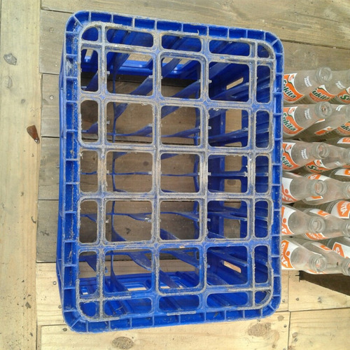 engradado refrigerante sukita  + 24 garrafas 300ml 55