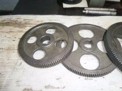 engranajes para torno(usado y fabricación según pedido)
