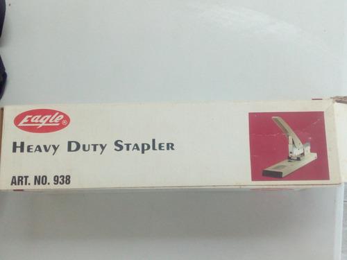 engrapadora eagle  heavy duty stapler  modelo 938