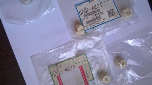 engrenagem 2 da manta de limpeza ricoh 1060/2060/7500/8000