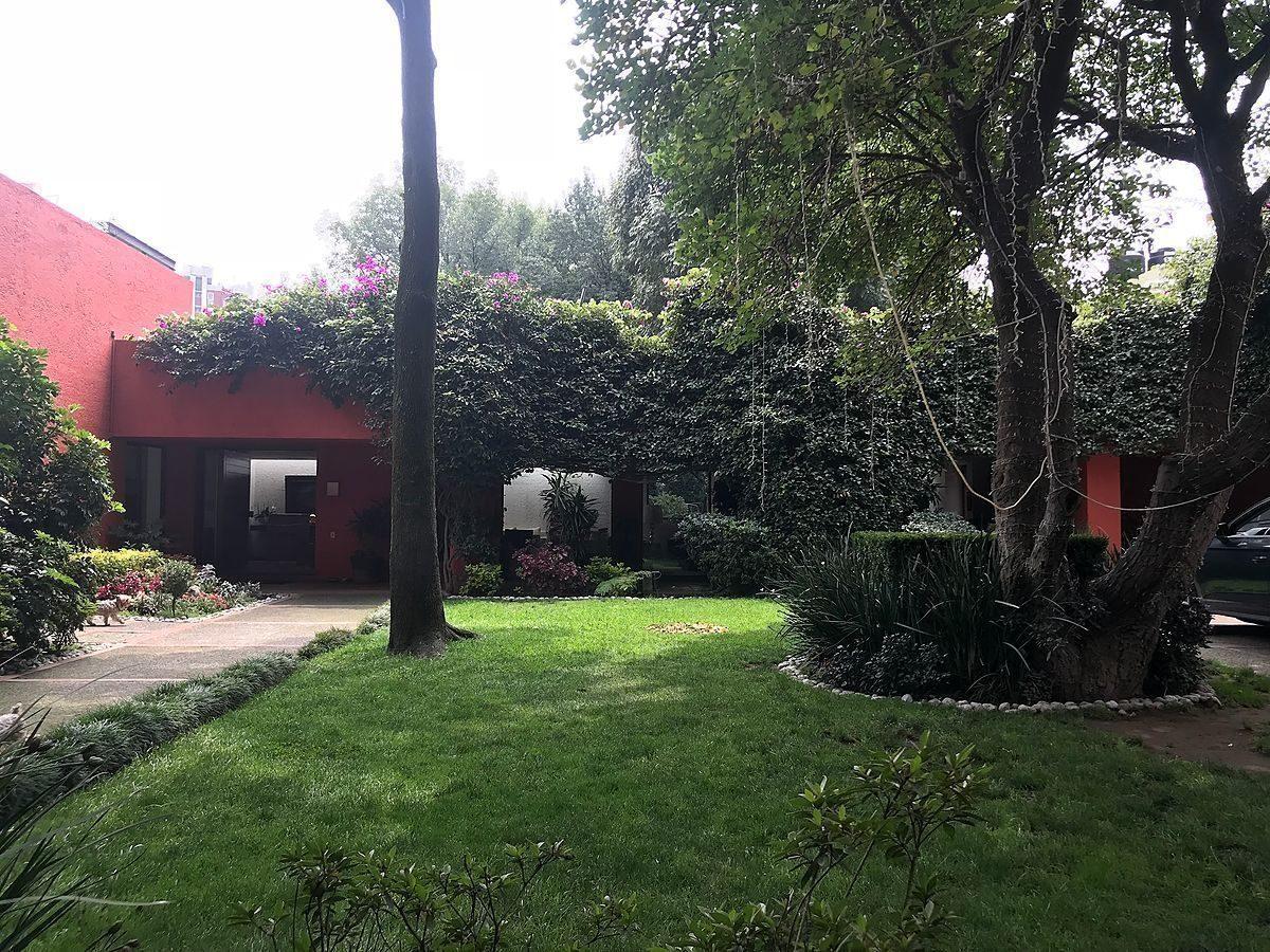 enorme casa en la colonia florida