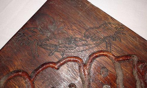 enorme cenicero de madera maciza de boliche  el camaleon