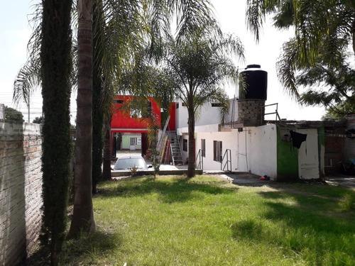 enormee..casa 2 locales y jardin 363m2