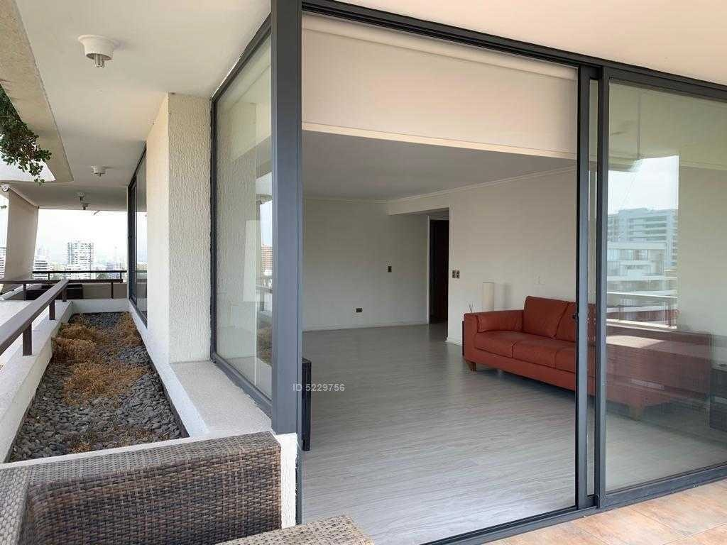 enrique foster 247 / barrio el golf - amplias terrazas y vista despejada al oriente
