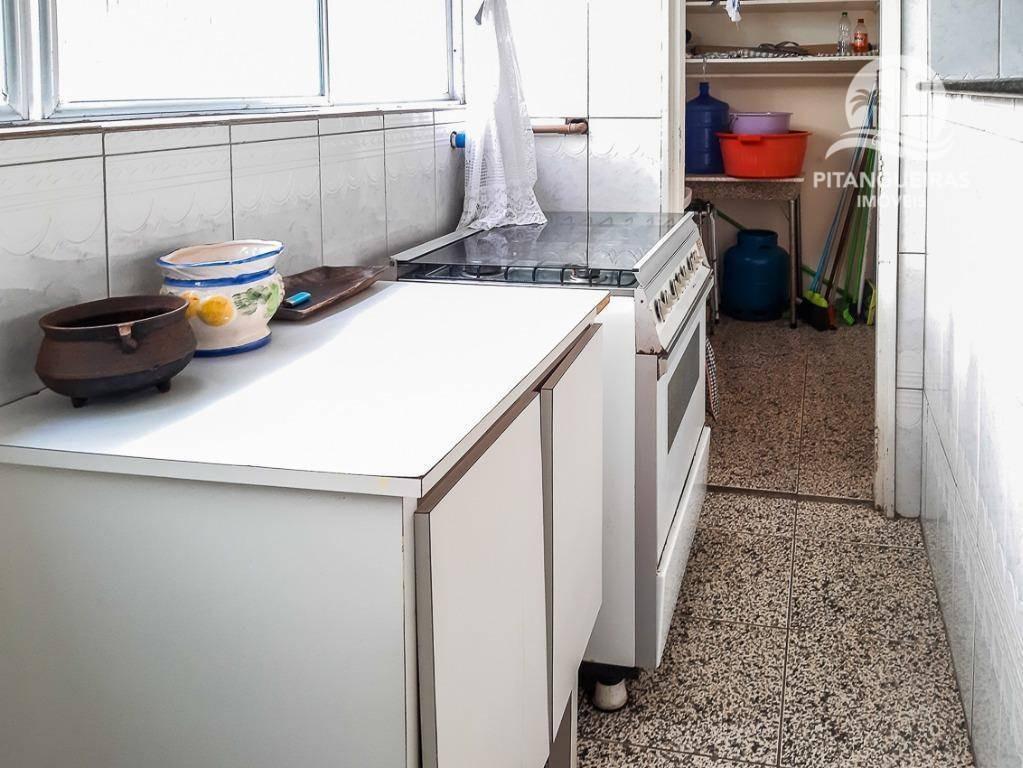 enseada - 03 dormitórios todos com sacada - 01 vaga. - ap5046