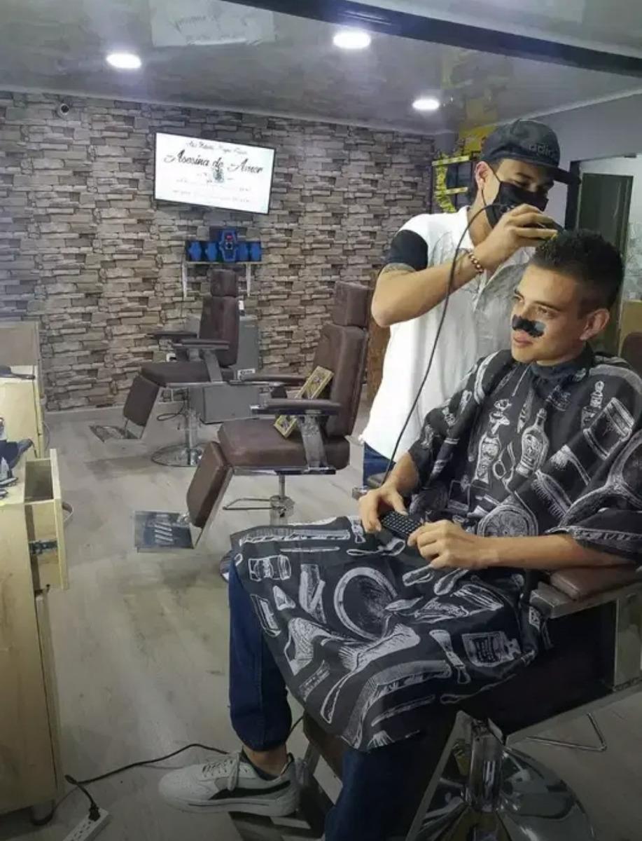 entable para barberia todo está como nuevo