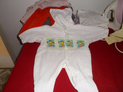 enterito de bebé en  chenil con capucha !!!