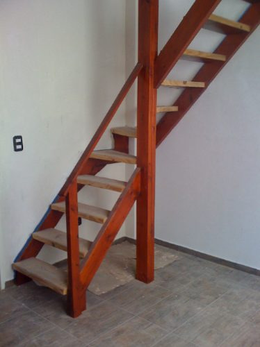 entrepiso de madera escaleras altillos desde xmt