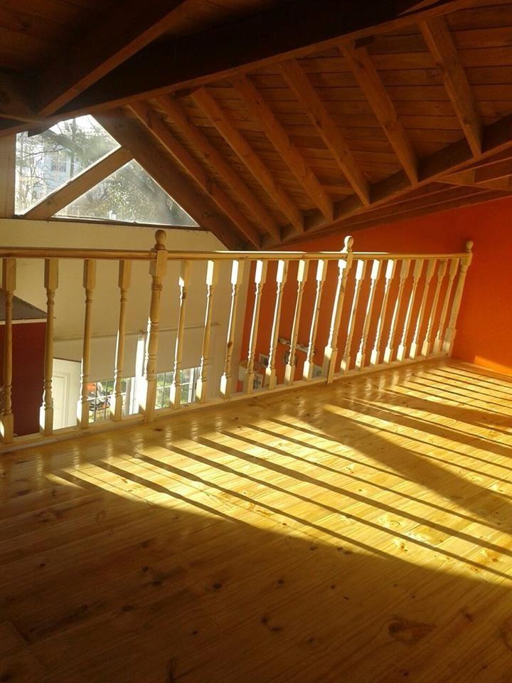 Entrepisos de madera escaleras altillos barandas - Baranda de madera ...