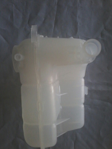 envase de refrigerante chevrolet cruze original