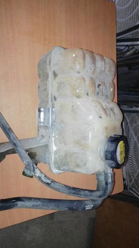 envase para agua con tapa silverado 00/03