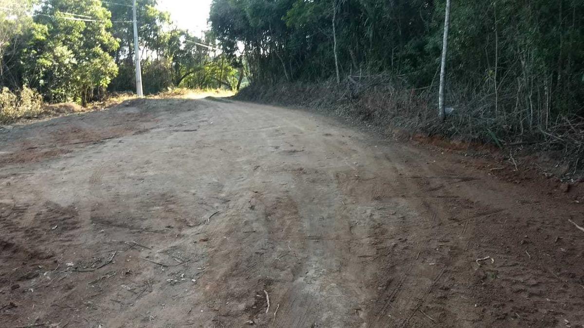 e.p terrenos em ibiuna 1000 m2 pronto para construir