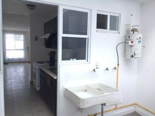 equipada casa en fracc. los viñedos, una planta, 2 recámaras