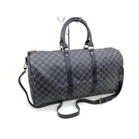 0b16a65d9 Cadenita Louis Vuitton Bvulgari - Equipaje y Bolsas de Hombre Negro en  Mercado Libre México