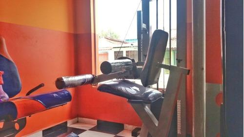 equipamentos de academia de musculação