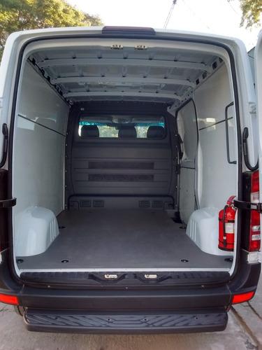 equipamiento y preparado de furgones comerciales y otros.
