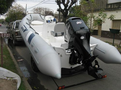 equipazo de 5,5 mts con mercury 90 hp 4 tiempos  todo okm