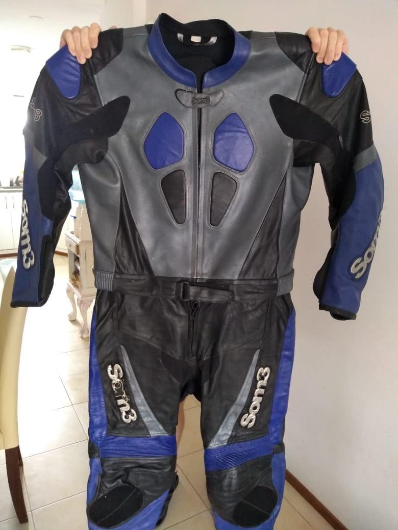 fb6e3462cb7 equipo de ropa para motociclista. Cargando zoom.