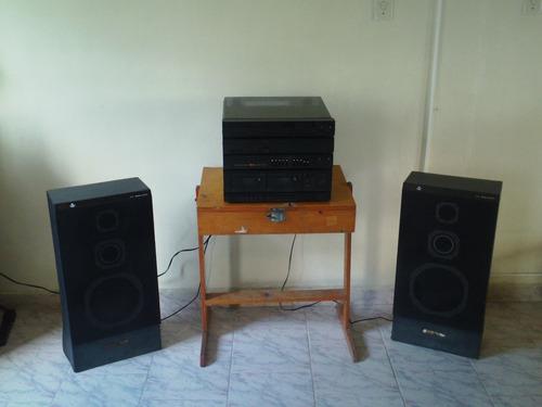 equipo de sonido marca alpone 4 en 1 funcional