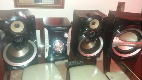 equipo de sonido marca panasonic