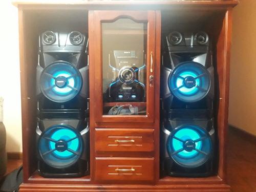 equipo de sonido marca sony modelo mhc-gtr888  2entradas usb